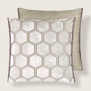 NWT Designers Guild Manipur Chalk Velvet Pillow